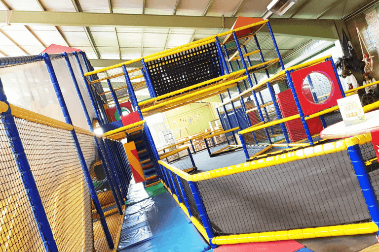 flip-spiel-und-sportzentrum_bild-002